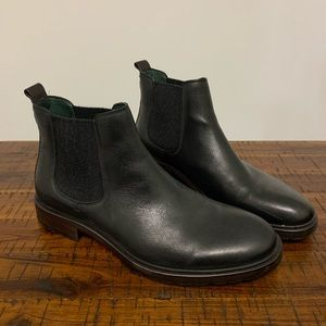 Johnston & Murphy Men's Chelsea Boot (10)
